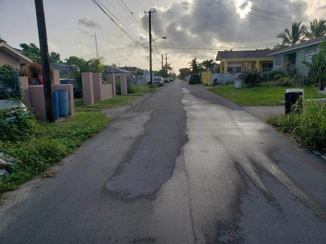 2. Land for Sale at Cascarilla Street Pinewood Gardens, Nassau And Paradise Island, Bahamas