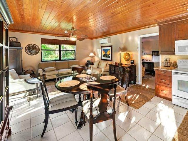 25. Single Family Homes for Sale at Current House Current, Eleuthera, Bahamas