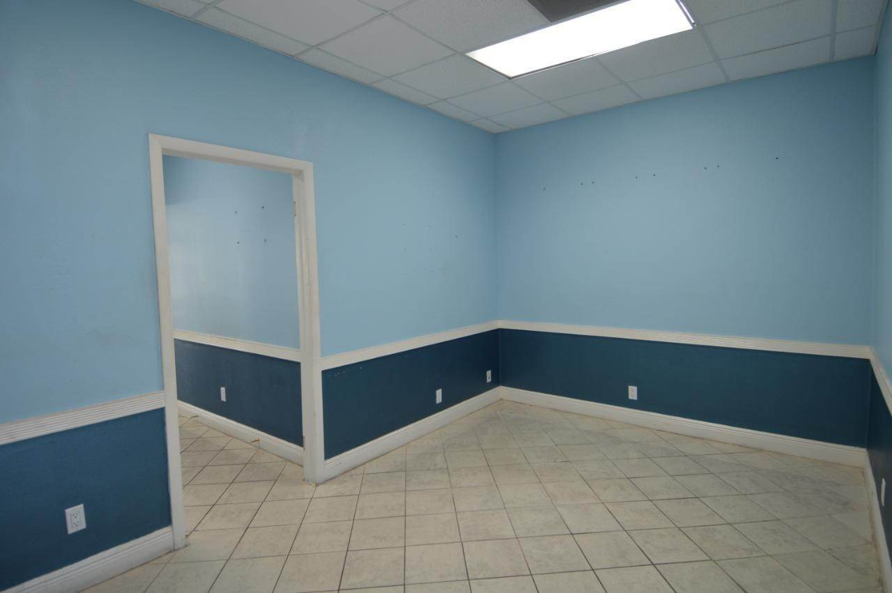 2. Building for Rent at West Bay Street, Nassau And Paradise Island, Bahamas