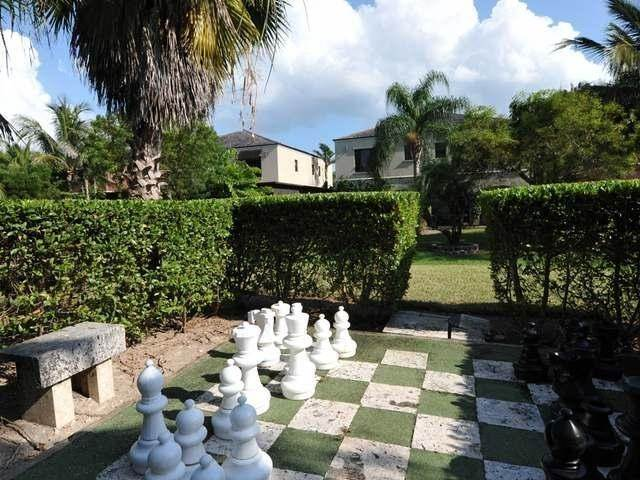 25. Co-op / Condo for Rent at Turnberry Townhouse Turnberry, Charlotteville, Nassau And Paradise Island Bahamas
