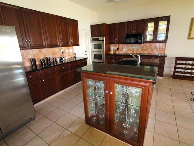 7. Single Family Homes for Rent at Bahamas