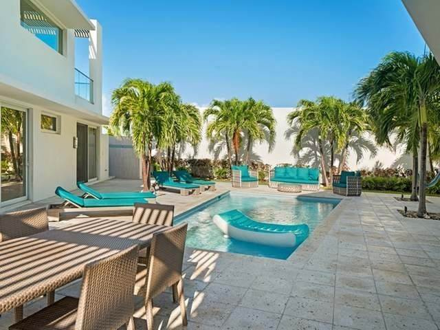 28. Single Family Homes for Sale at Jimmy Hill, Exuma, Bahamas