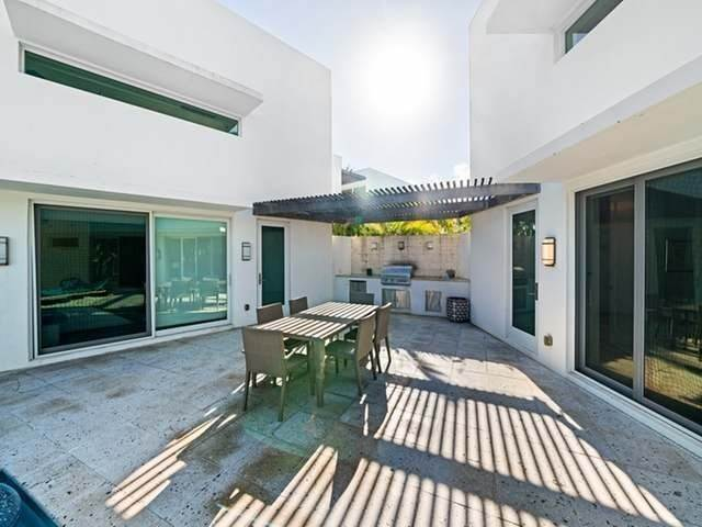 32. Single Family Homes for Sale at Jimmy Hill, Exuma, Bahamas