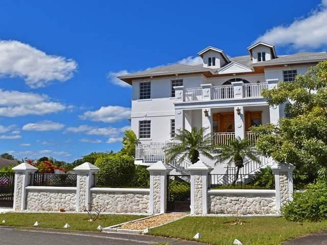28. Single Family Homes for Rent at Lake Cunningham, Nassau And Paradise Island, Bahamas