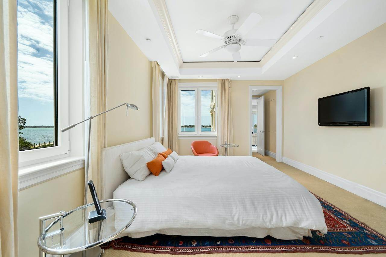 15. Co-op / Condo for Sale at Ocean Club Residence Ocean Club Estates, Paradise Island, Nassau And Paradise Island Bahamas
