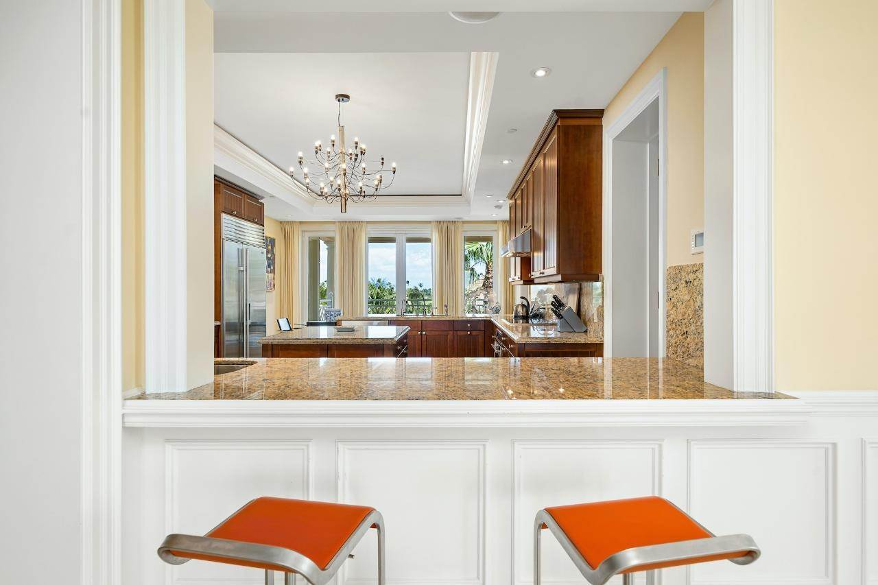 7. Co-op / Condo for Sale at Ocean Club Residence Ocean Club Estates, Paradise Island, Nassau And Paradise Island Bahamas