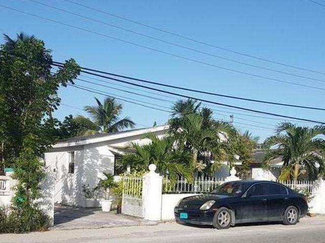 2. Single Family Homes for Sale at Nassau And Paradise Island, Bahamas