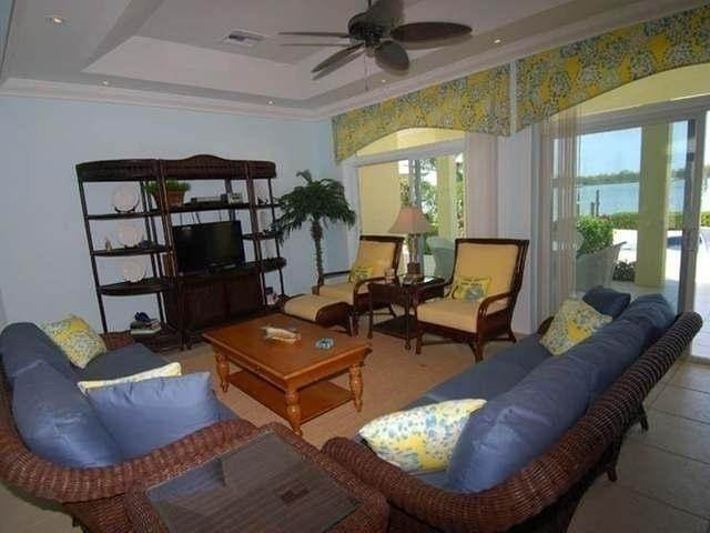 19. Single Family Homes por un Venta en Pisces-Treasure Cay Treasure Cay, Abaco, Bahamas