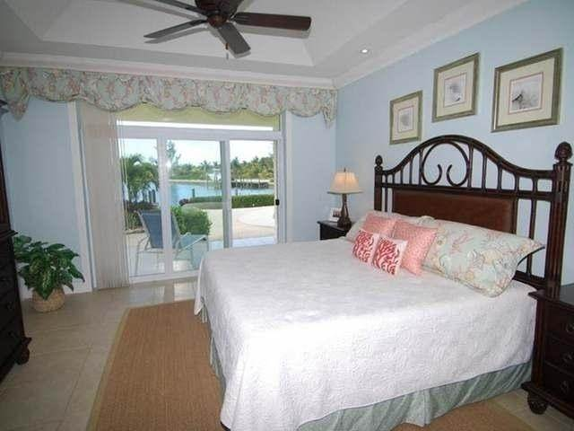 32. Single Family Homes por un Venta en Pisces-Treasure Cay Treasure Cay, Abaco, Bahamas