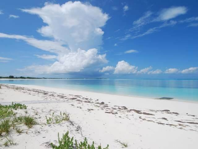 45. Single Family Homes por un Venta en Pisces-Treasure Cay Treasure Cay, Abaco, Bahamas