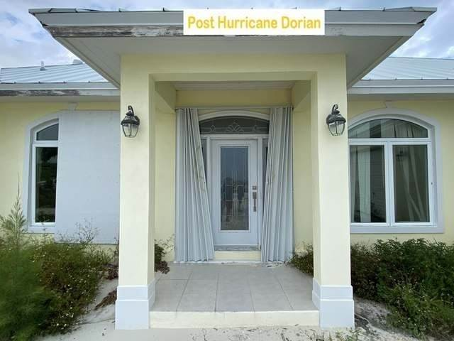 7. Single Family Homes por un Venta en Pisces-Treasure Cay Treasure Cay, Abaco, Bahamas