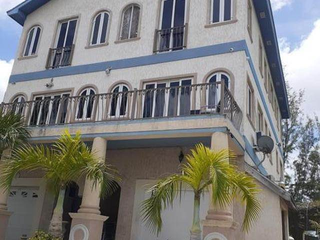 Co-op / Condo for Rent at Nassau And Paradise Island, Bahamas