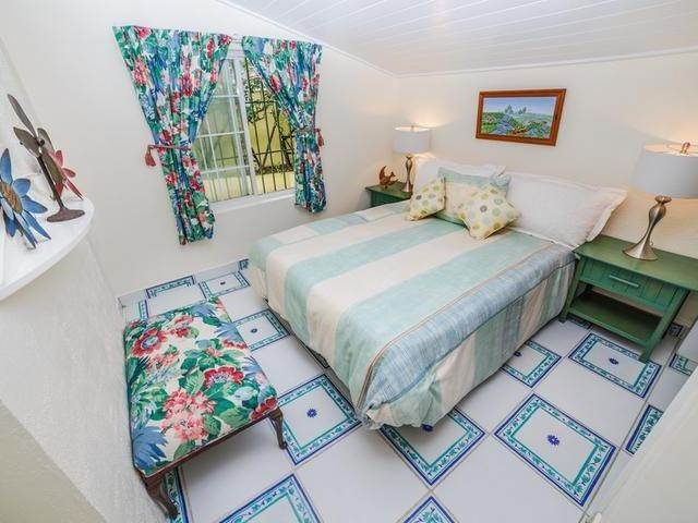 27. Single Family Homes for Sale at Cable Beach, Nassau And Paradise Island, Bahamas