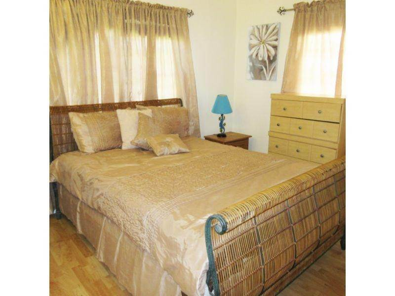 8. Single Family Homes for Rent at Village Road, Nassau And Paradise Island, Bahamas