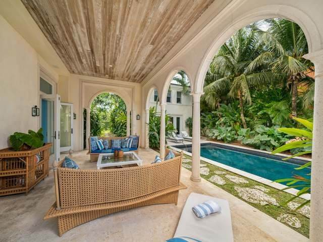32. Single Family Homes for Sale at Conchrest Old Fort Bay, Nassau And Paradise Island, Bahamas