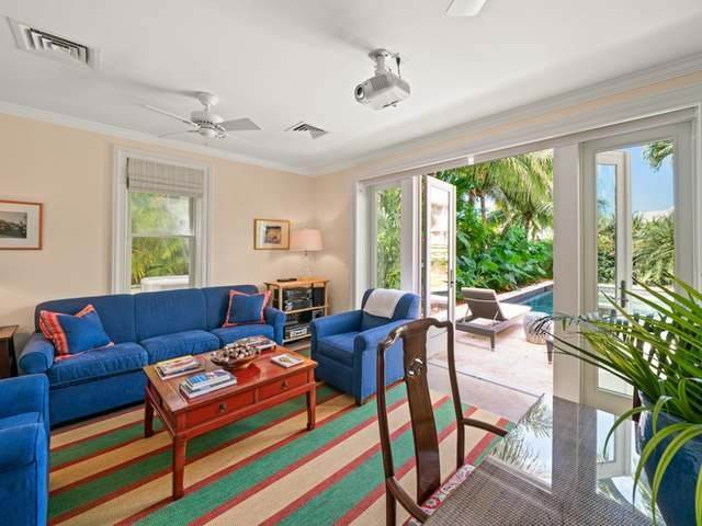 34. Single Family Homes for Sale at Conchrest Old Fort Bay, Nassau And Paradise Island, Bahamas