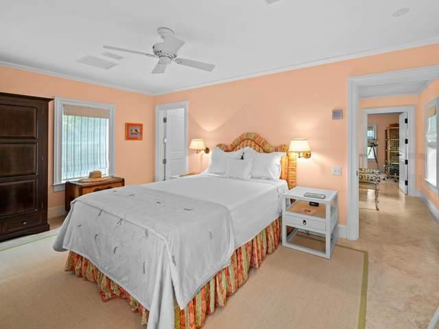 36. Single Family Homes for Sale at Conchrest Old Fort Bay, Nassau And Paradise Island, Bahamas