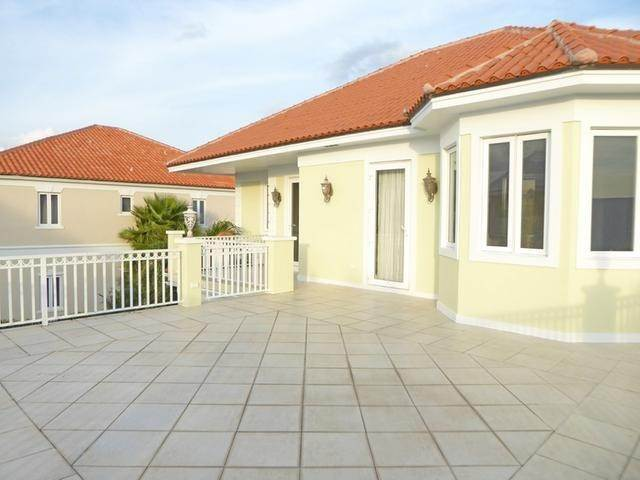 12. Single Family Homes for Rent at Palatial Estates, Paradise Island, Nassau And Paradise Island Bahamas