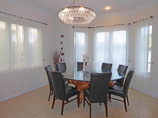 3. Single Family Homes for Rent at Palatial Estates, Paradise Island, Nassau And Paradise Island Bahamas