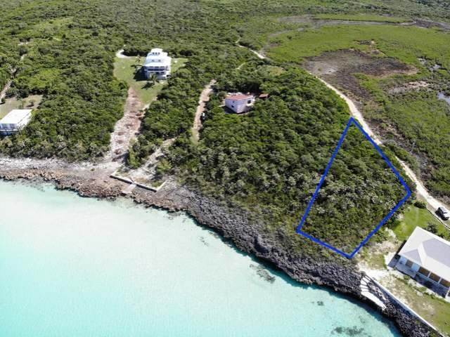 Terreno por un Venta en Waterfront Lot Ten Bay Beach, Savannah Sound, Eleuthera Bahamas