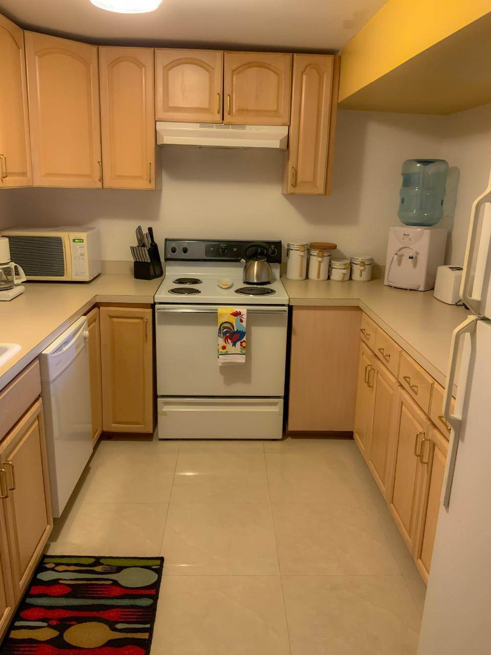 5. Co-op / Condo for Rent at East Bay Street, Nassau And Paradise Island, Bahamas