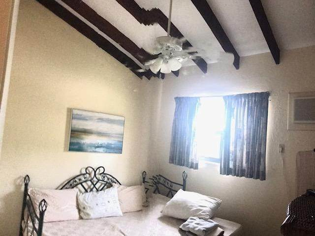 22. Co-op / Condo for Rent at Bahamas