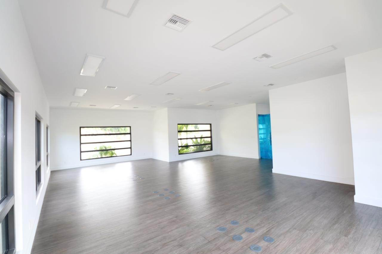 6. Building for Rent at Veridian Corporate Old Fort Bay, Nassau And Paradise Island, Bahamas