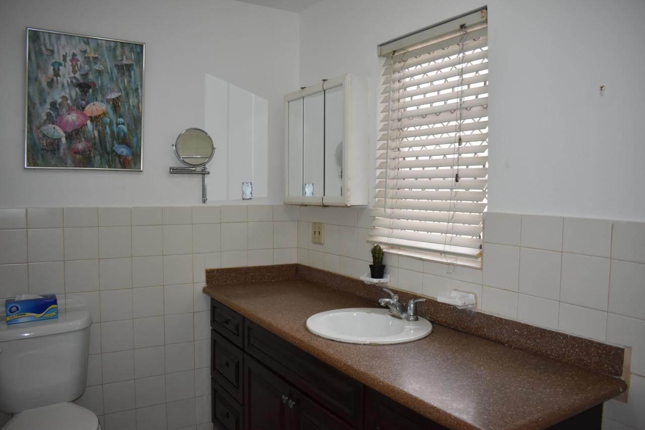 9. Co-op / Condo for Sale at Paradise Island, Nassau And Paradise Island, Bahamas