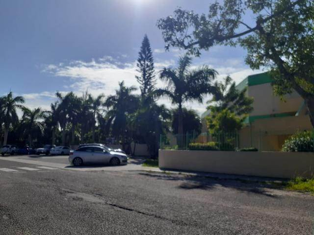 3. Land for Sale at East Street, Nassau And Paradise Island, Bahamas