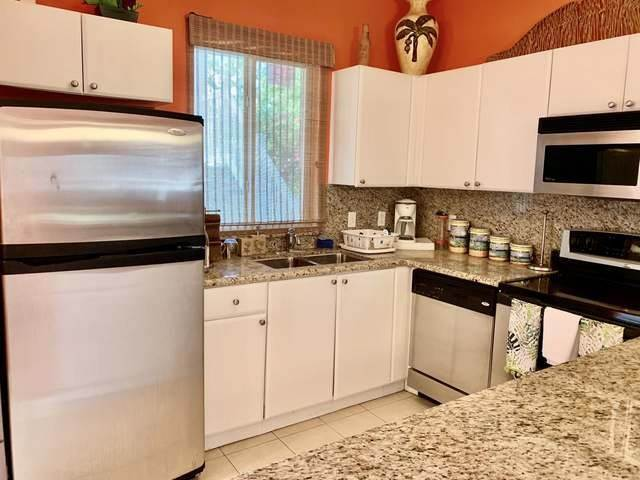4. Co-op / Condo for Sale at Condo and Dockslip North Bimini, Bimini, Bahamas