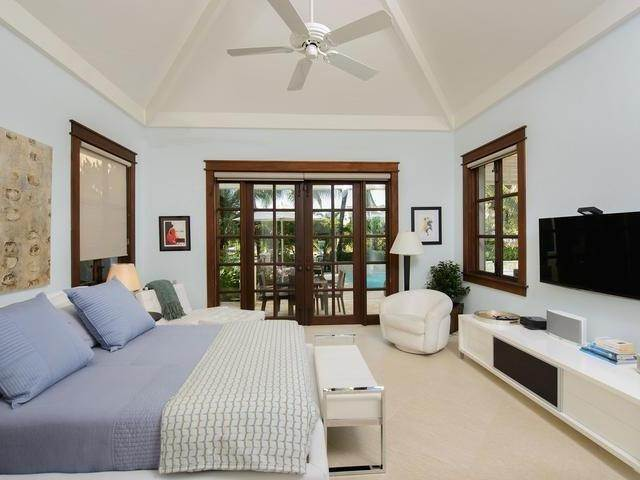 15. Single Family Homes for Sale at Old Fort Bay, Nassau And Paradise Island, Bahamas
