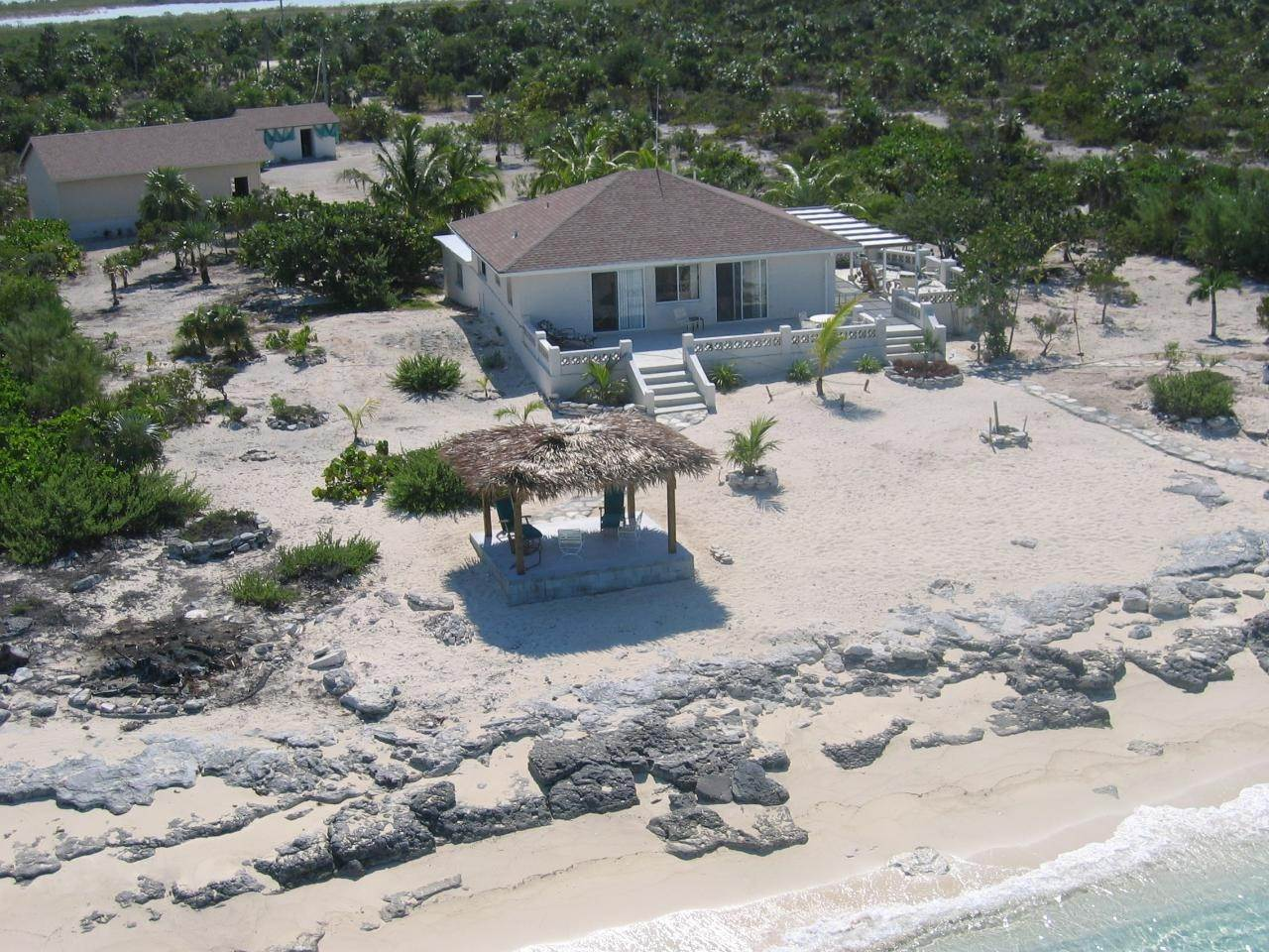 7. Single Family Homes for Sale at SILENT SUNDIAL Hawks Nest, Cat Island, Bahamas