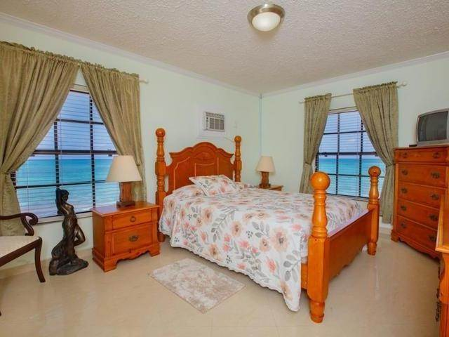7. Single Family Homes for Rent at Boca View West Bay Street, Nassau And Paradise Island, Bahamas