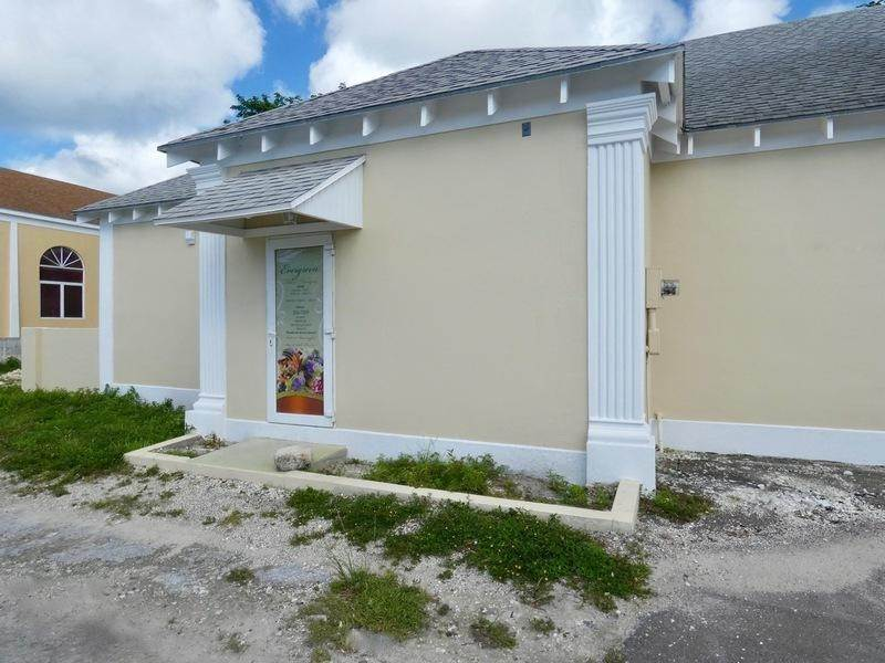 11. Building for Rent at Collins Ave, Nassau And Paradise Island, Bahamas