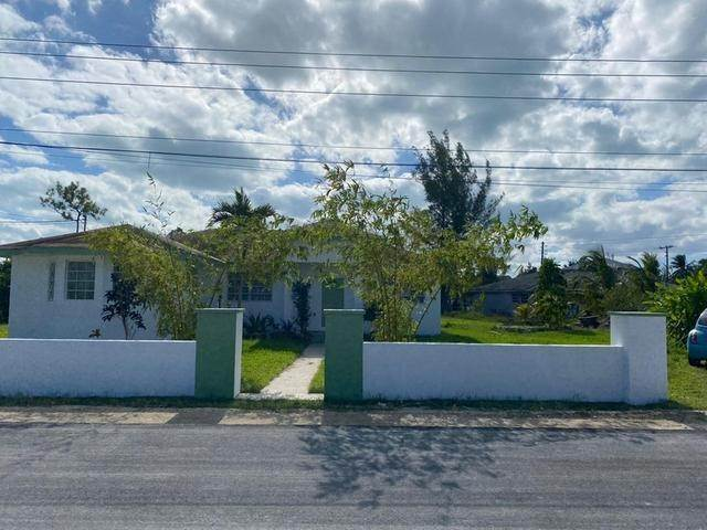 Single Family Homes for Sale at Coral Lakes, Coral Harbour, Nassau And Paradise Island Bahamas