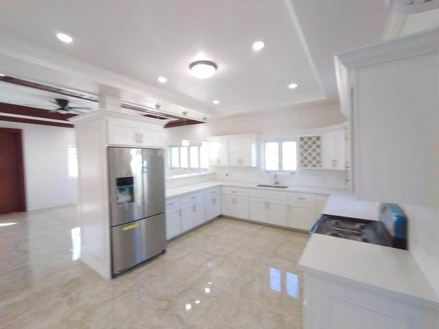 3. Co-op / Condo for Rent at Love Estates Condo Love Beach, Nassau And Paradise Island, Bahamas