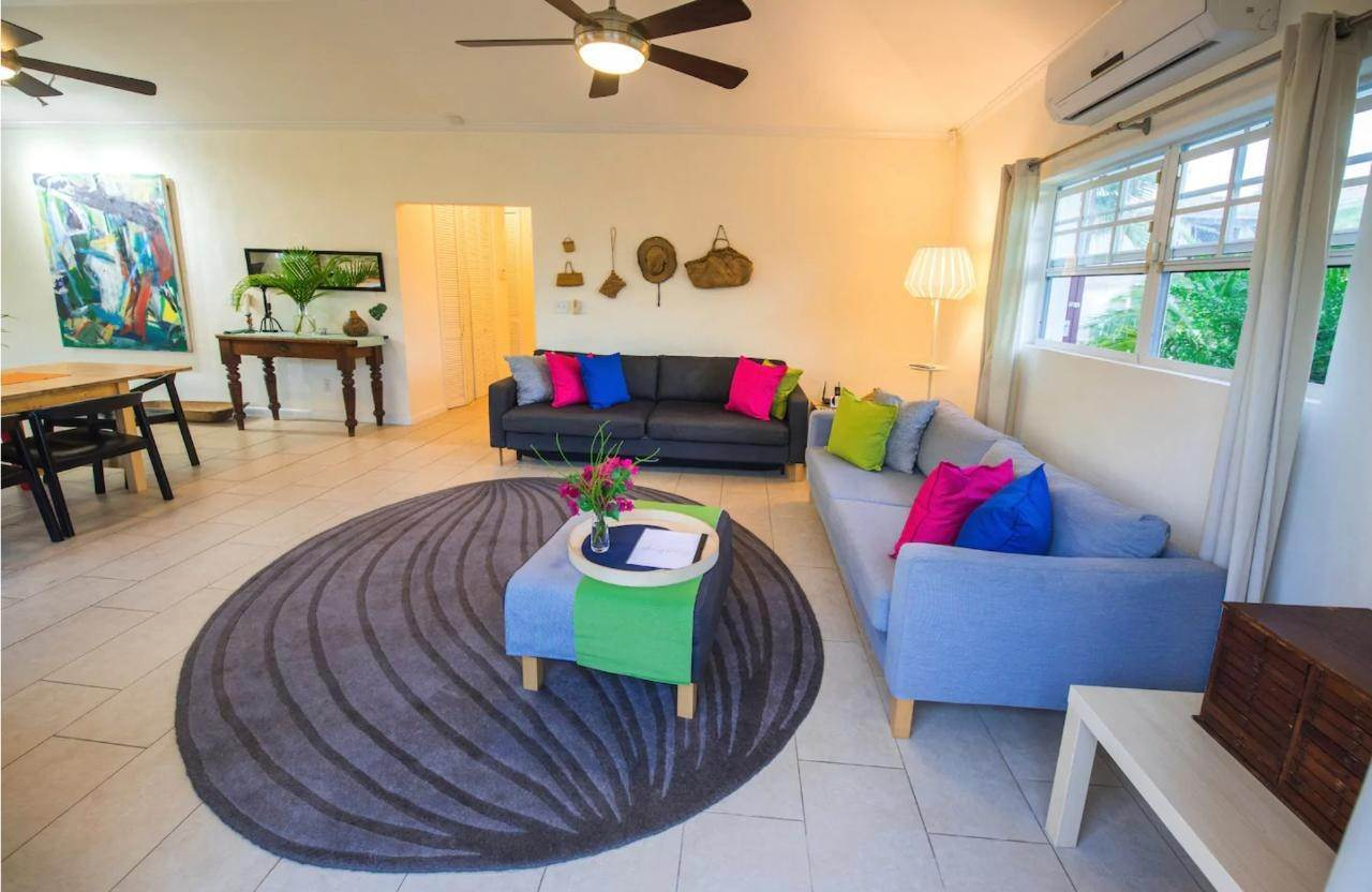 2. Single Family Homes for Rent at Birdsong Rental Twynam Heights, Eastern Road, Nassau And Paradise Island Bahamas