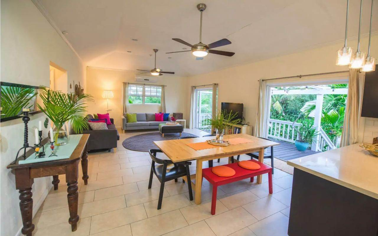 3. Single Family Homes for Rent at Birdsong Rental Twynam Heights, Eastern Road, Nassau And Paradise Island Bahamas