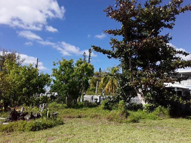 30. Single Family Homes for Sale at Lucaya, Freeport and Grand Bahama, Bahamas