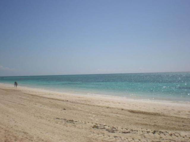 35. Single Family Homes for Sale at Lucaya, Freeport and Grand Bahama, Bahamas