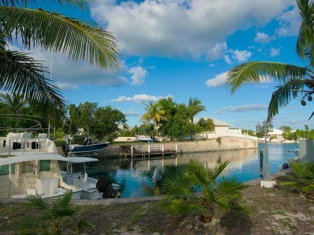 2. Single Family Homes for Sale at FREEHOLD Port New Providence, Yamacraw, Nassau And Paradise Island Bahamas