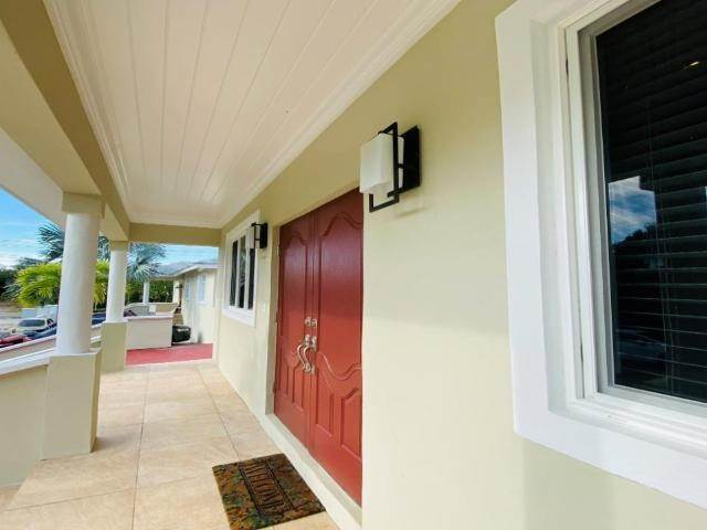 13. Single Family Homes for Rent at South Ocean, Nassau And Paradise Island, Bahamas
