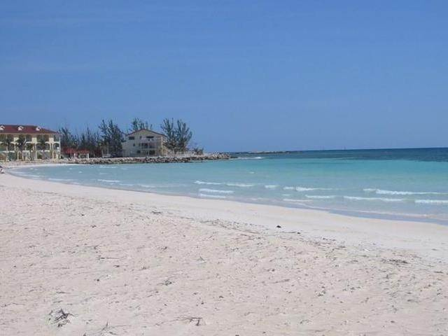 2. Co-op / Condo for Sale at Bahama Terrace Yacht And Country Club, Freeport And Grand Bahama, Bahamas