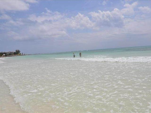 35. Co-op / Condo for Sale at Bahama Terrace Yacht And Country Club, Freeport And Grand Bahama, Bahamas