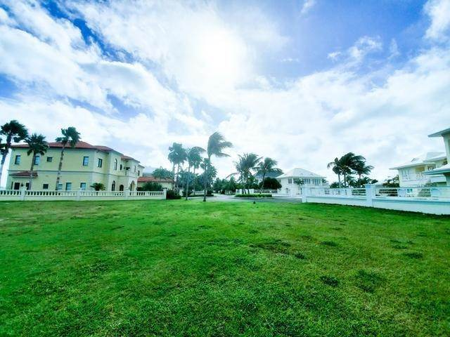 8. Land for Sale at Prime Beach Lots Ocean Club Estates, Paradise Island, Nassau And Paradise Island Bahamas