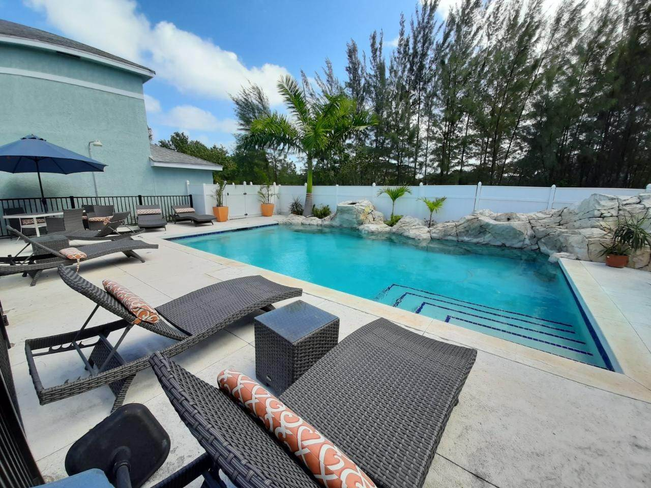 Co-op / Condo for Rent at Estates of Seaview West Bay Street, Nassau And Paradise Island, Bahamas