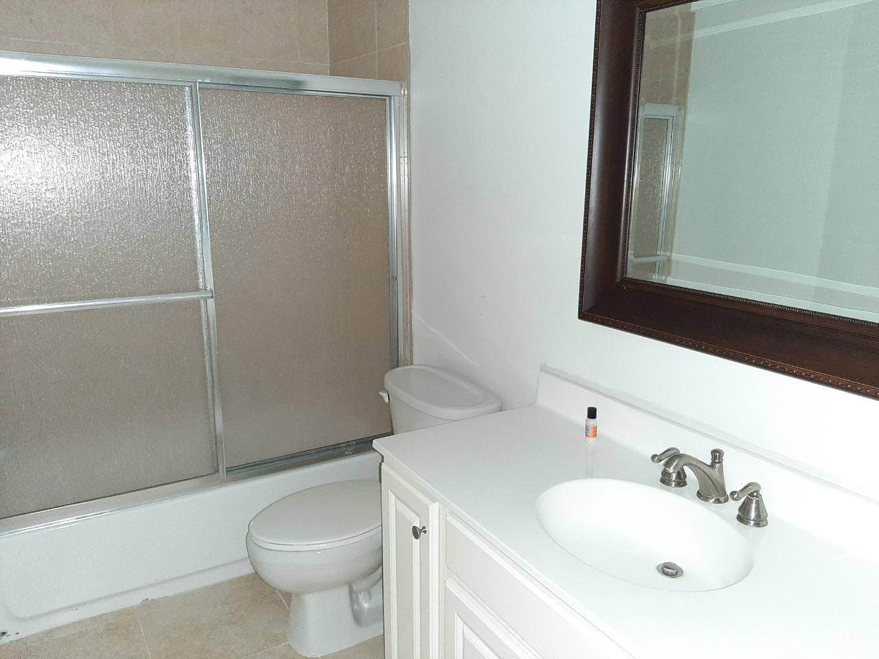17. Co-op / Condo for Rent at Estates of Seaview West Bay Street, Nassau And Paradise Island, Bahamas