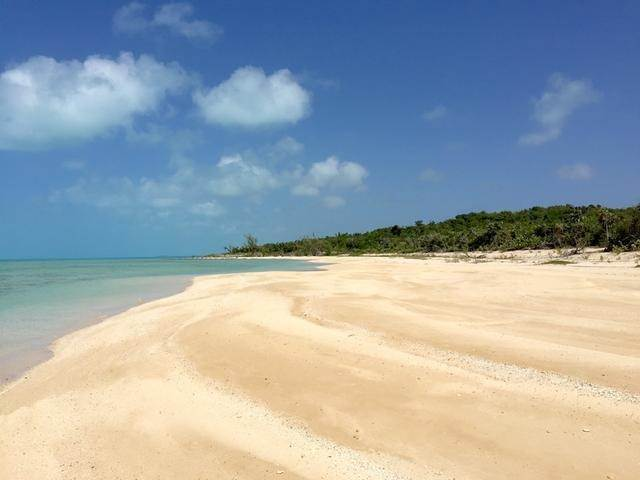 10. Land for Sale at Long Island, Bahamas
