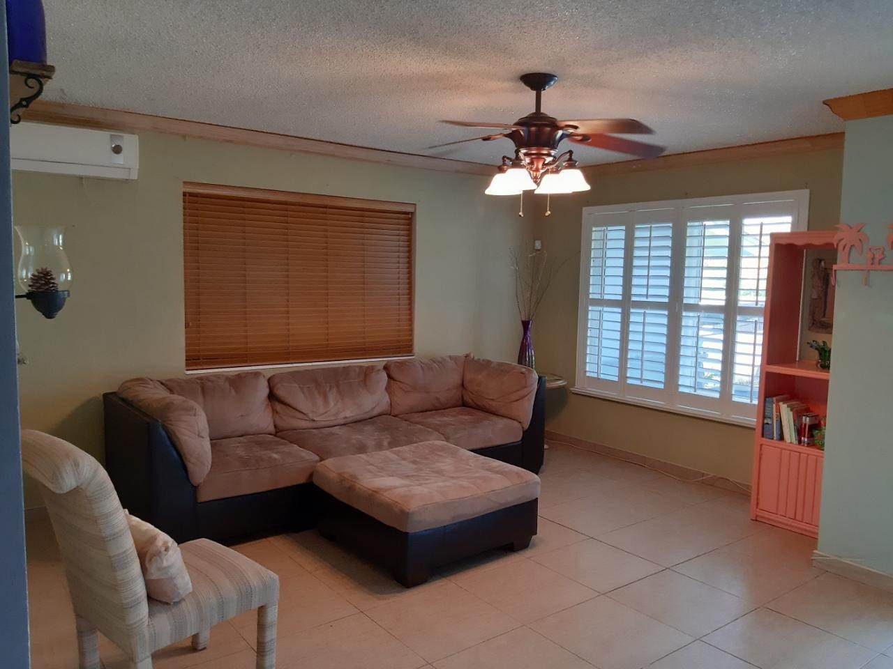 13. Single Family Homes for Rent at Freeport, Freeport and Grand Bahama, Bahamas
