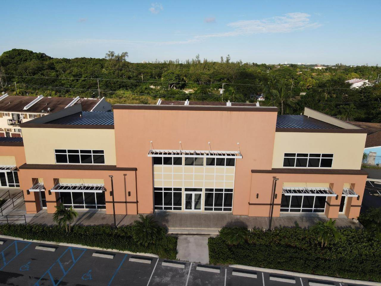 3. Building for Rent at Success Plaza Bernard Road, Nassau And Paradise Island, Bahamas